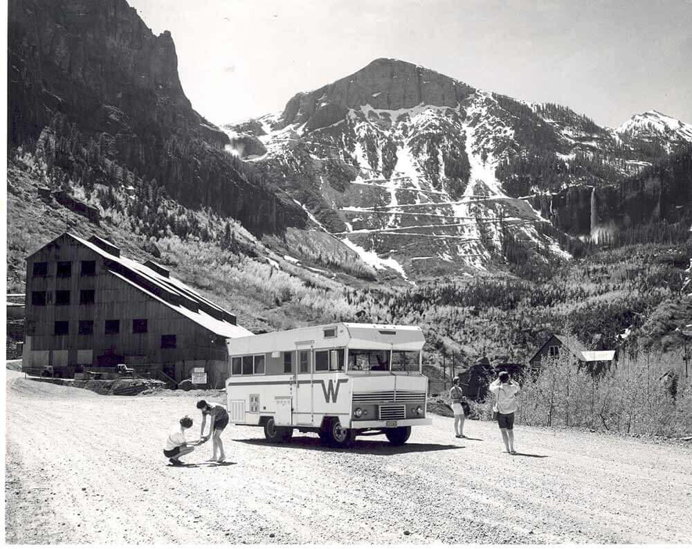 winnebago 1960s brave camper
