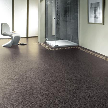 MX92-UmbrianNero-Bathroom-P_CM