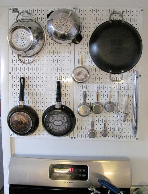 Steel-pegboard-in-kitchen