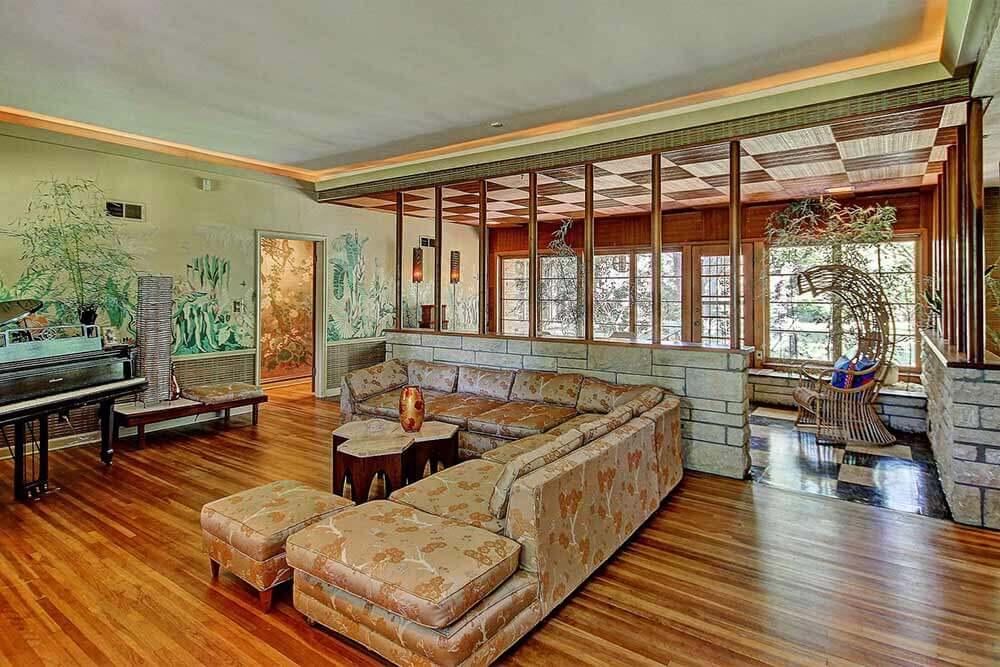 Amazing midcentury wall mural living room