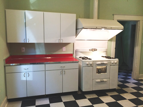 retro-kitchen-vintage-stove