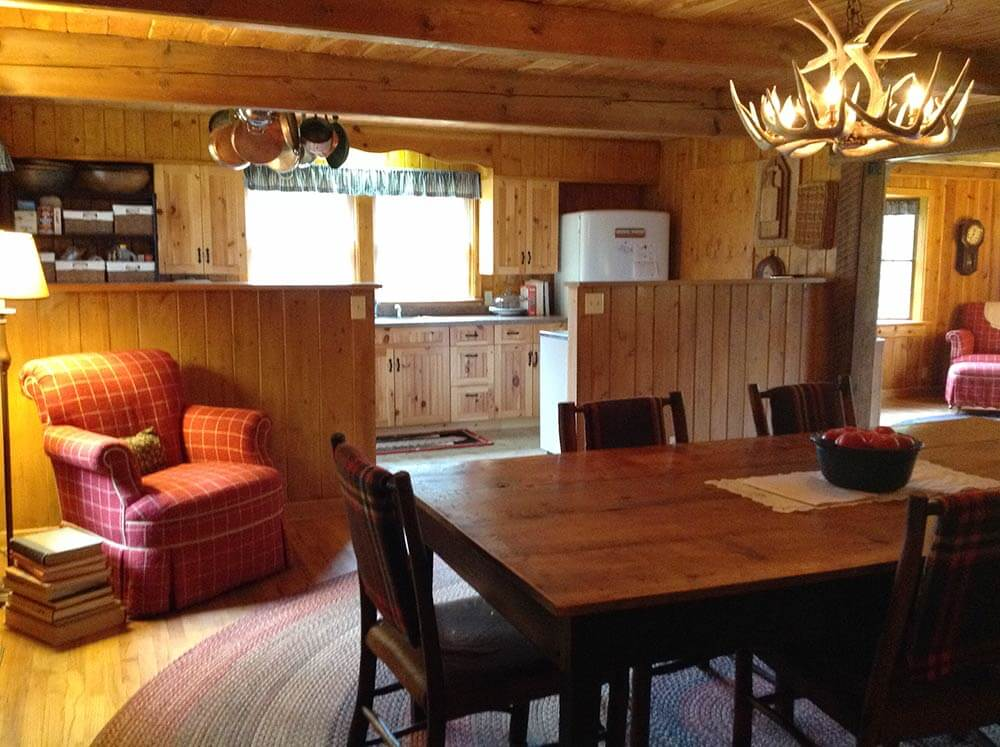 Alicia And Her Husband Restore The Knotty Pine In Their
