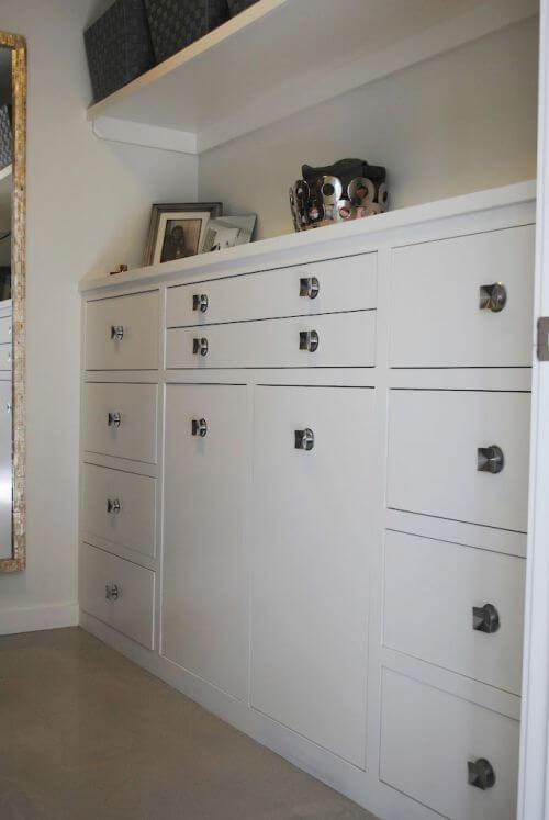 master-closet-retro-modern