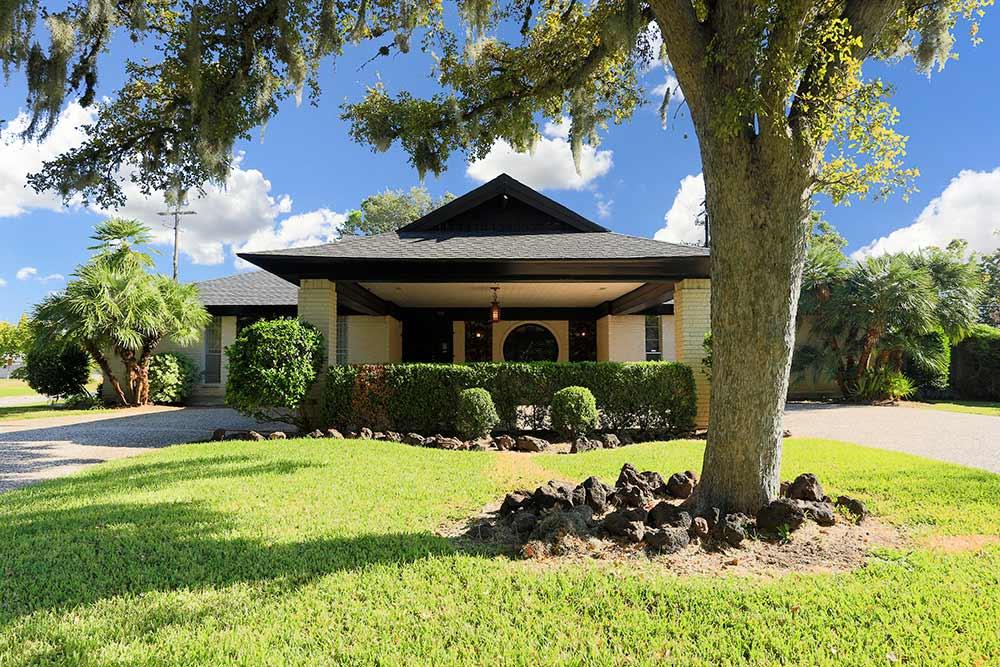 midcentury-tiki-house