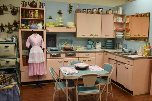 vintage-pink-kitchen-cabinets