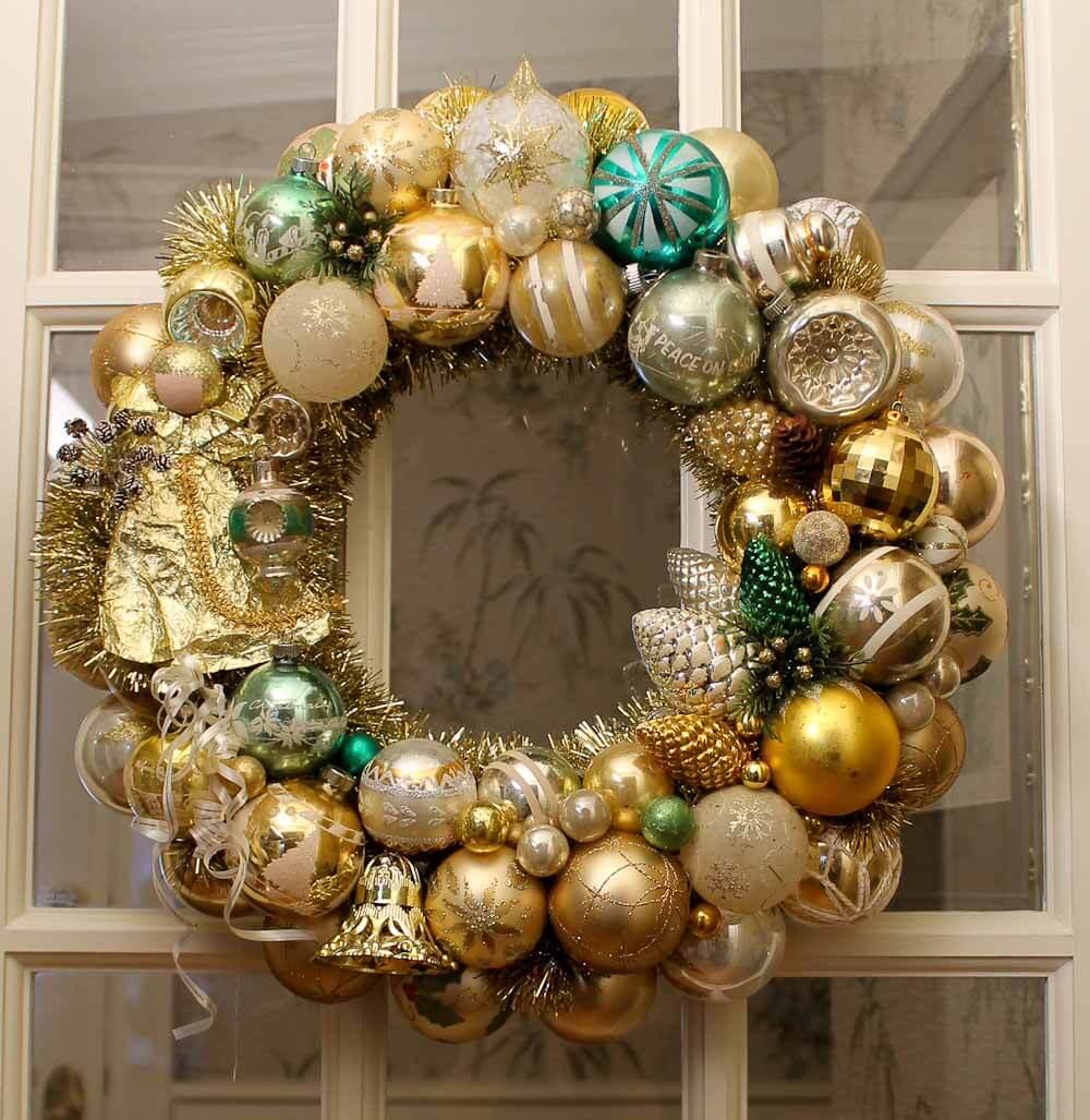 100+ photos of DIY Christmas ornament wreaths - Upload ...