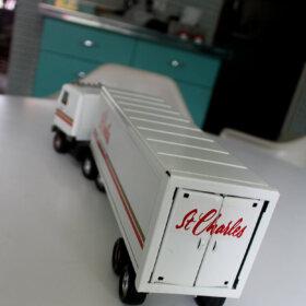 st. charles kitchen miniature truck