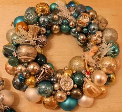 vintage-ornament-wreath-2-2