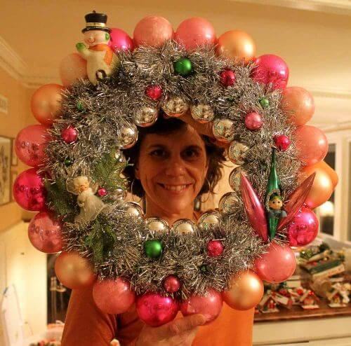 vintage-ornament-wreath-24