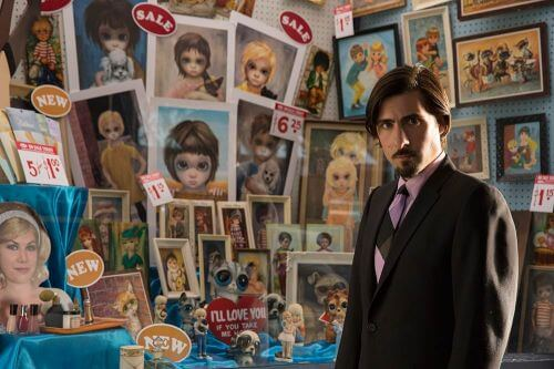 JASON SCHWARTZMAN stars in BIG EYES. © 2014 The Weinstein Company. All rights reserved.