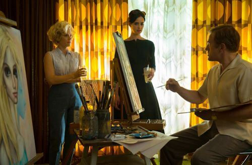 (L-R) AMY ADAMS, KRYSTEN RITTER, and CHRISTOPH WALTZ star in BIG EYES. © 2014 The Weinstein Company. All rights reserved.