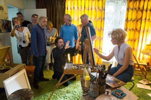 Director of Photography BRUNO DELBONNEL (left), Director TIM BURTON (center), and AMY ADAMS (right) on the set of BIG EYES. © 2014 The Weinstein Company. All rights reserved.