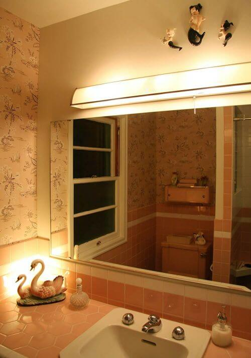 Vintage pink bathroom