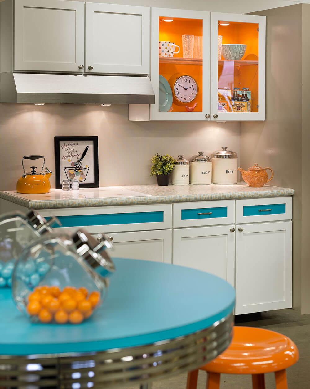 Glass Kitchen Tables. Parkay Laminate Kitchen House Design ...