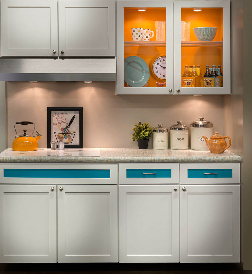 Contemporary Kitchen Vs Modern Kitchen: Wilsonart Endora And Betty Laminates