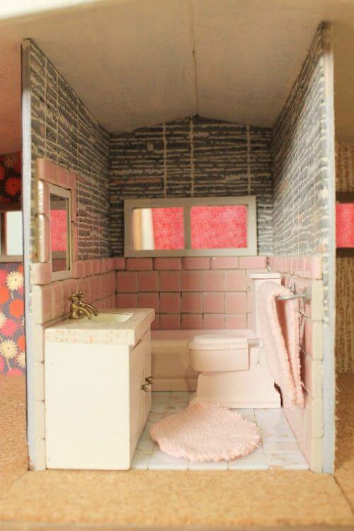 vintage dollhouse bathroom