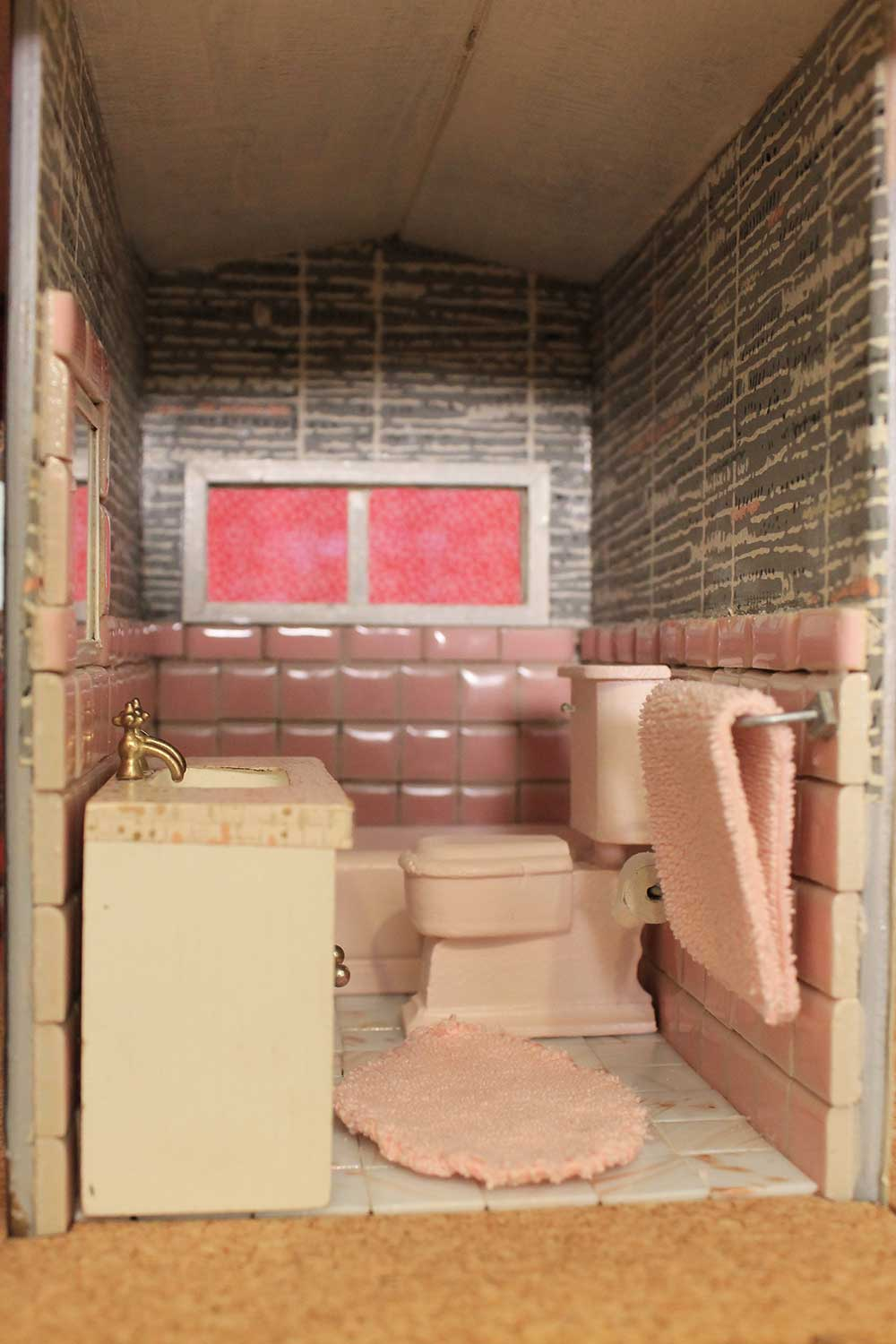 A Vintage Pink Bathroom For The Dollhouse Including World Of Tile