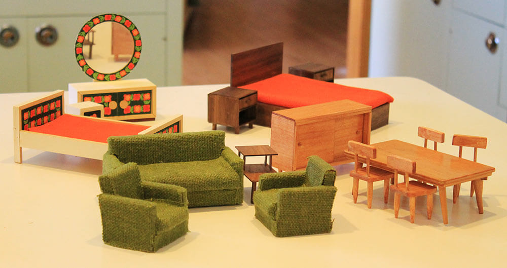 midcentury dollhouse furniture - My 1955 Betsy McCall Dollhouse Completely  Furnished - For $107.73 - Antique - Antique Doll Furniture Antique Furniture