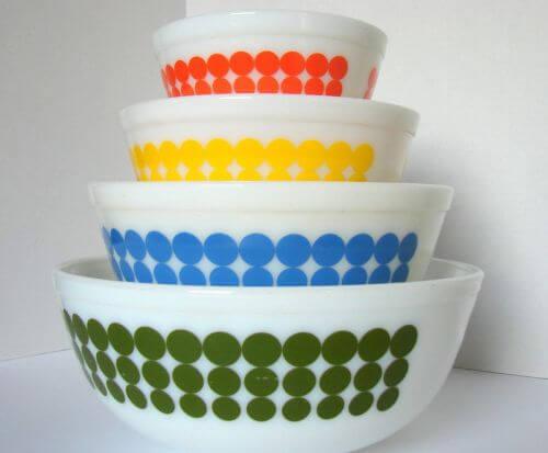 pyrex new dot bowls vintage