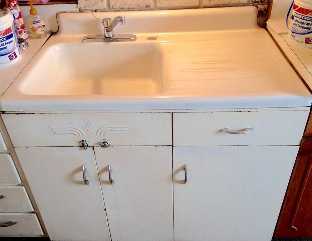 Vintage Kitchen Sink Cabinet acme steel kitchen cabinets - wile e. coyote would approve