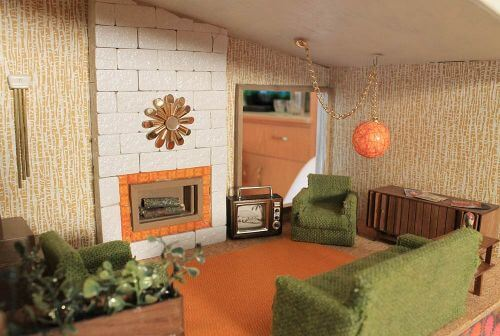 Dollhouse warming party: Kate\'s 1955 Betsy McCall DIY Dollhouse ...
