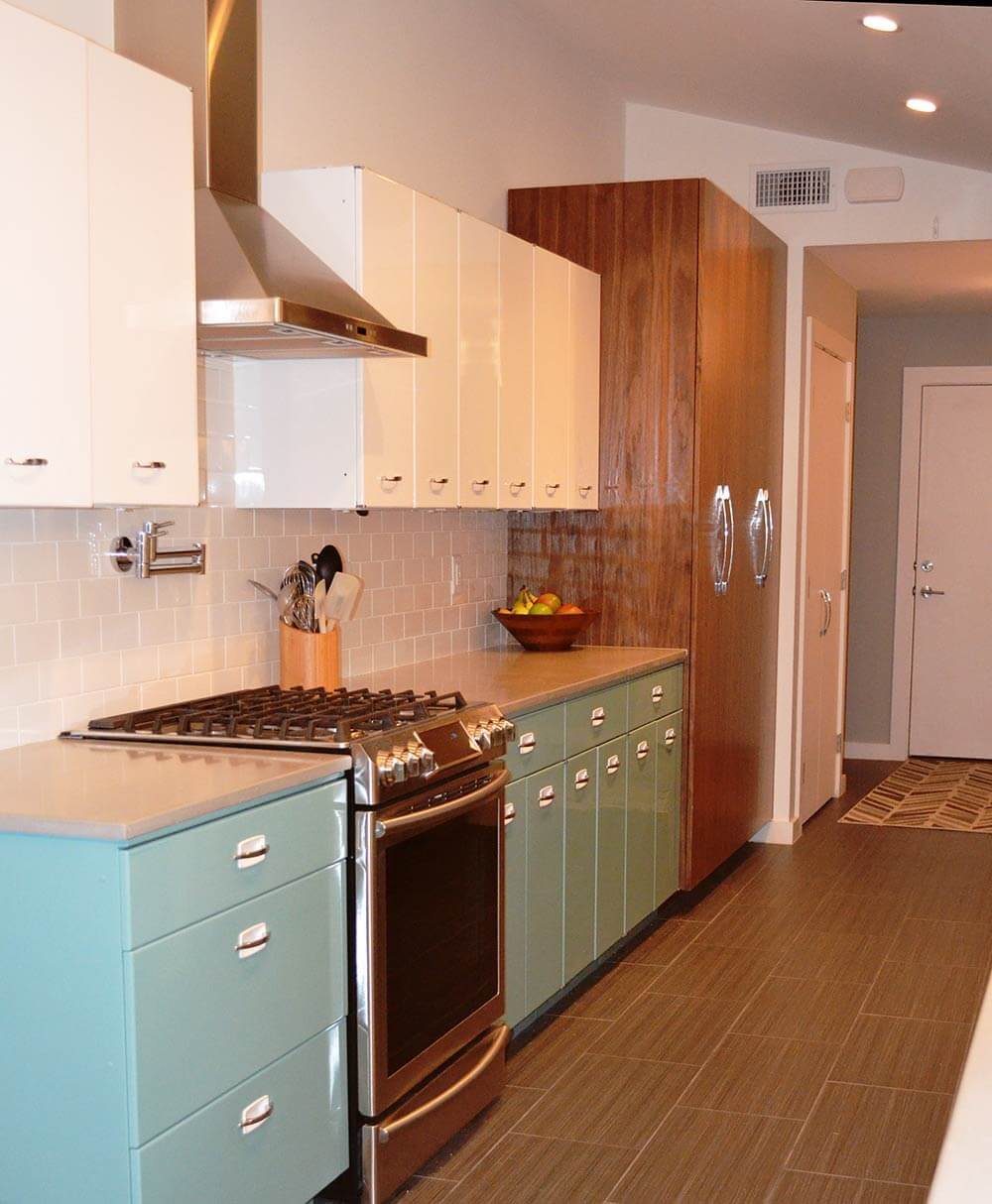 Sam has a great experience with powder coating her vintage for Metal kitchen cabinets