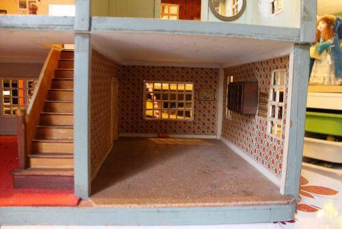 vintage-dollhouse-7