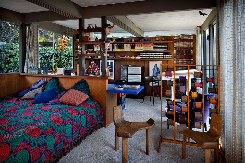 midcentury bedroom in eichler house