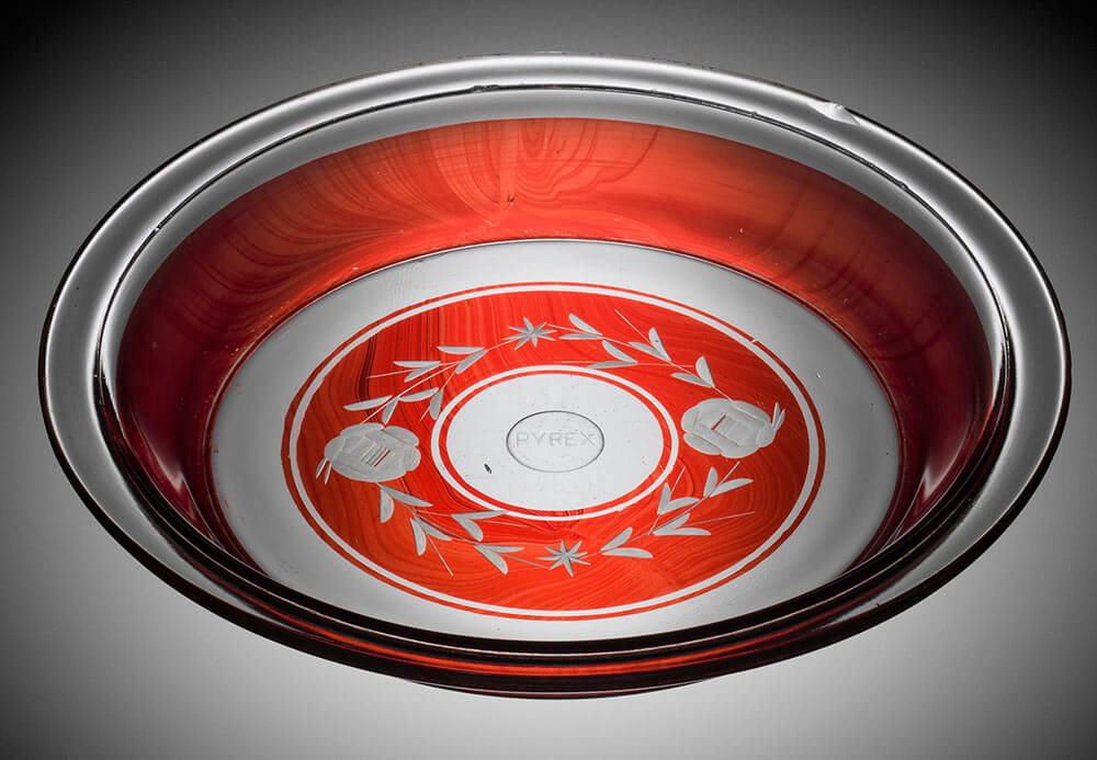 Vintage pyrex pie plate & Corning Museum of Glass celebrates 100 years of Pyrex - we sneak ...