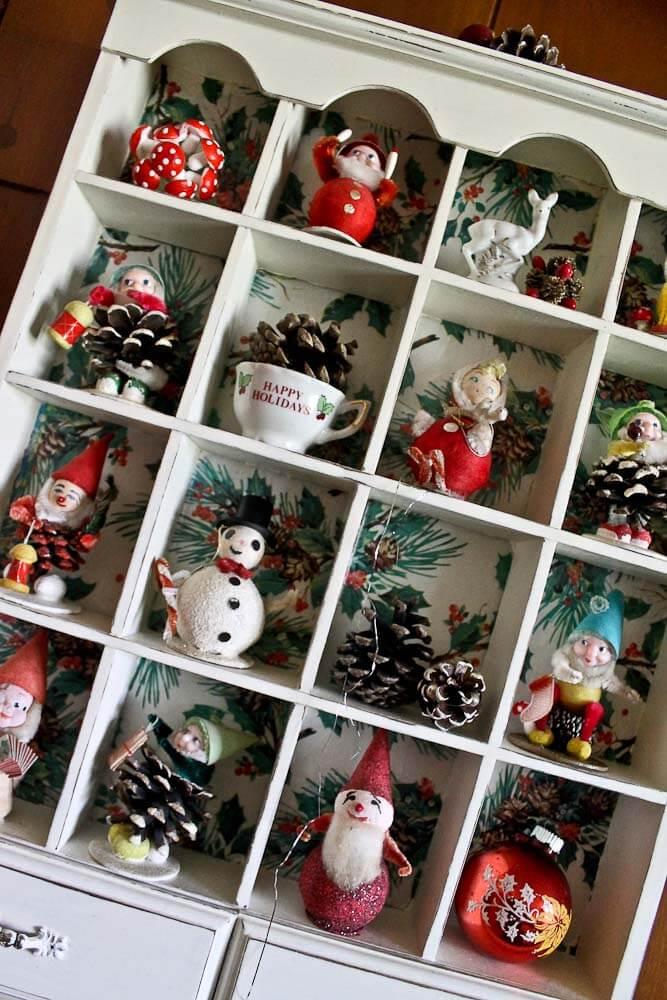 pine cone elf display