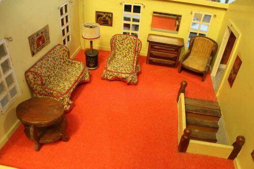 vintage-dollhouse-furniture-2-2