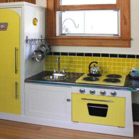 vintage play kitchen