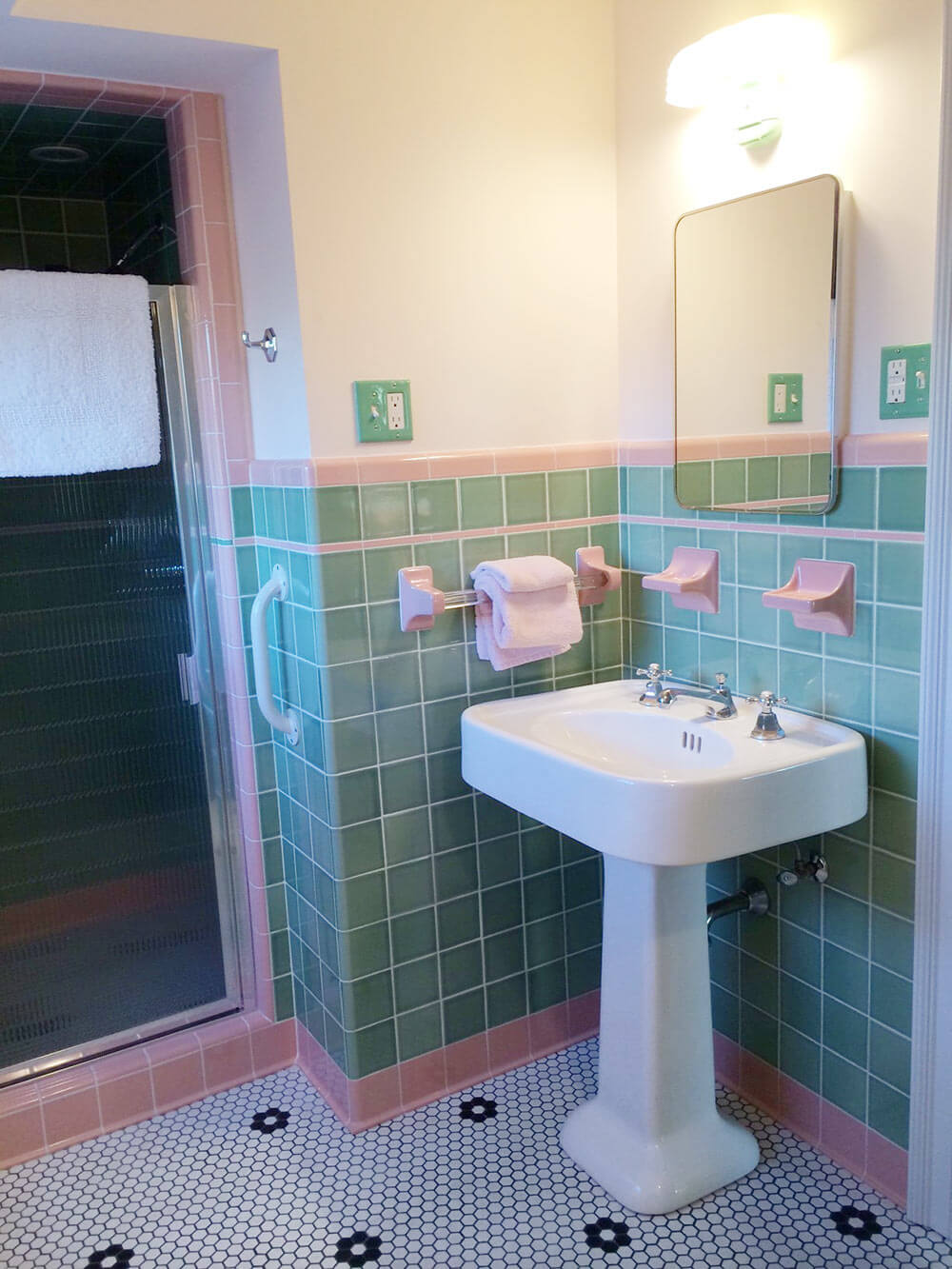see jane design: a vintage style green and pink tile bathroom for