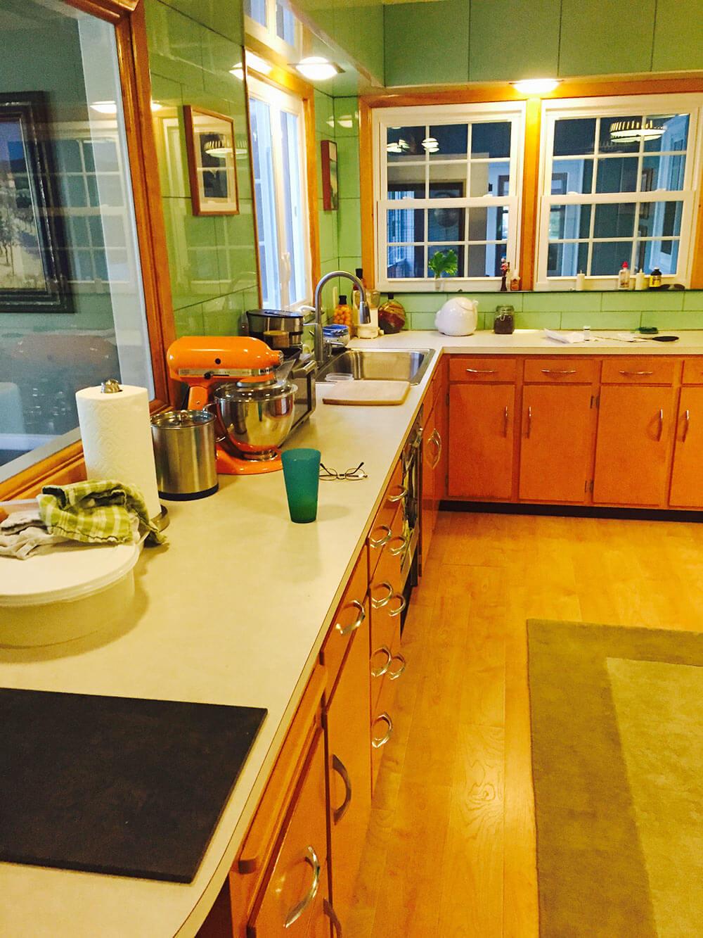 Ideas to decorate Alan\'s vintage green tile kitchen - Vitralite ooh ...