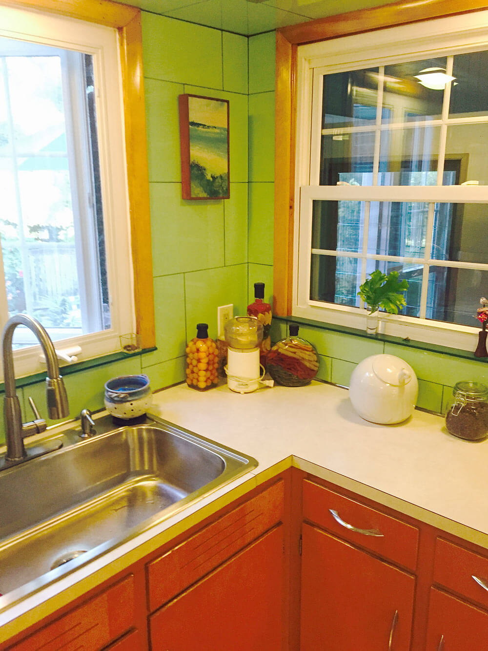 Ideas to decorate Alan\'s vintage green tile kitchen - Vitralite ooh ...