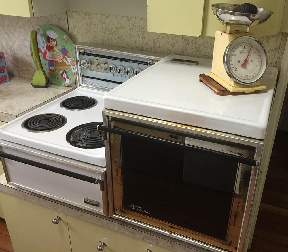 Karlie's vintage Metters Cook n' Clean stove - a countertop range ...