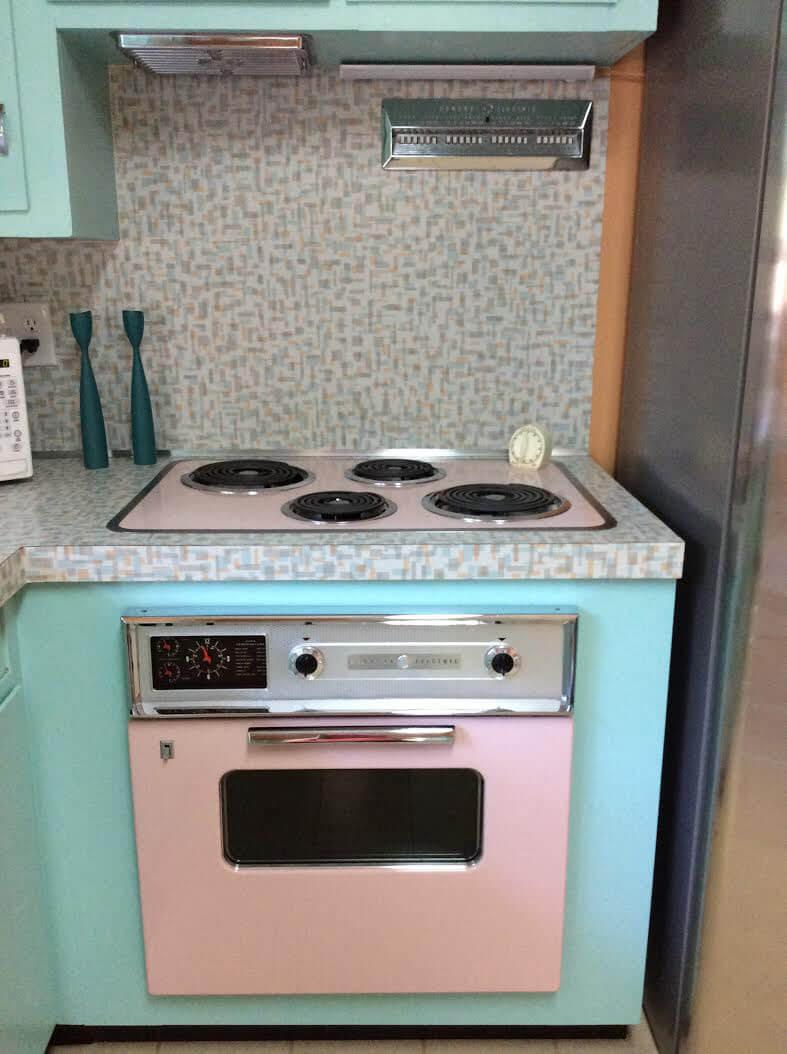 Retro Pink Kitchen Appliances Ideas
