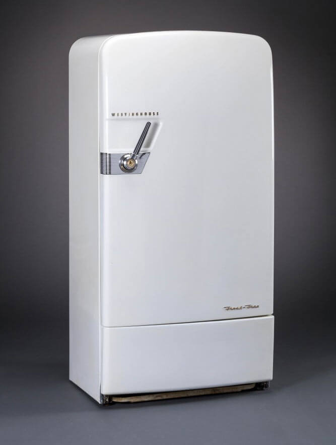 electrolux white 6 cuft erm1700pa model frost free vintage