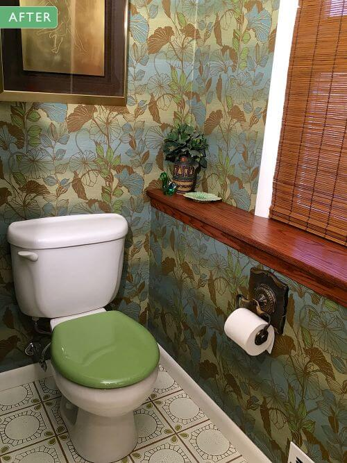 1970s bathroom retro