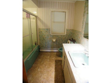1957-bathroom-before