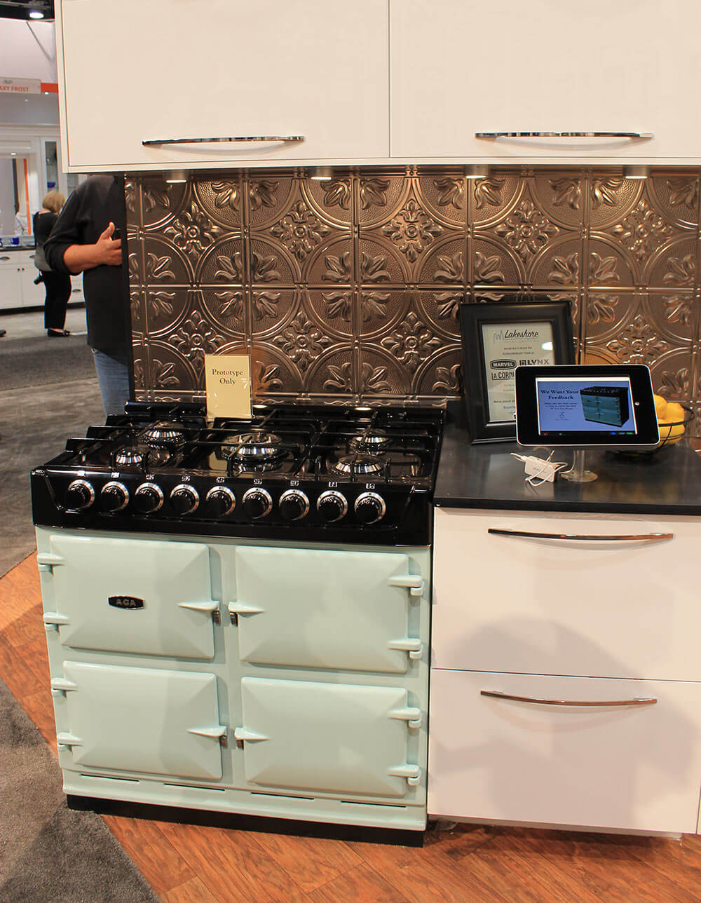 Aga Colorful Ranges And A Retro Kitchen At Kbis Retro