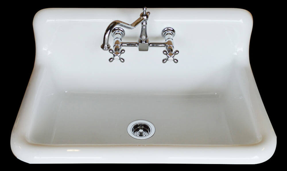 Checking out the Nelson\'s sink on display at KBIS - Retro Renovation