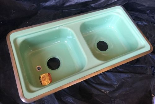 jadeite-kitchen-sink