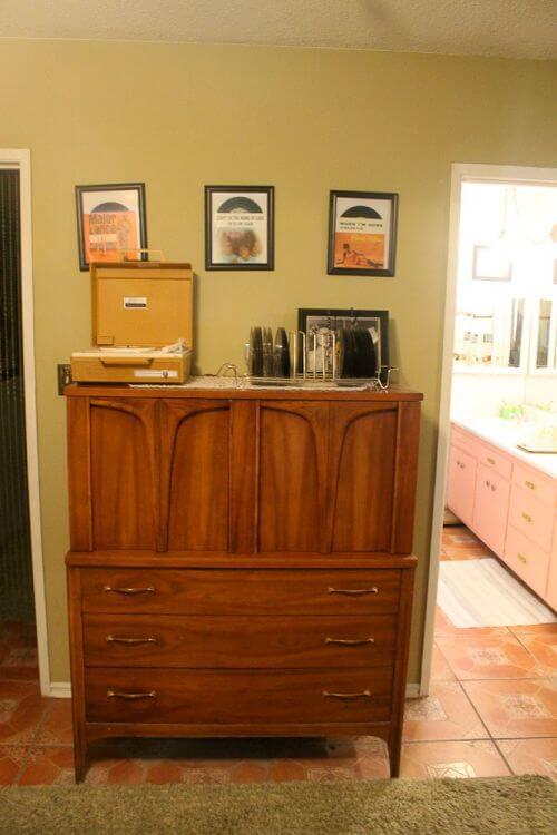 midcentury-modern-dresser
