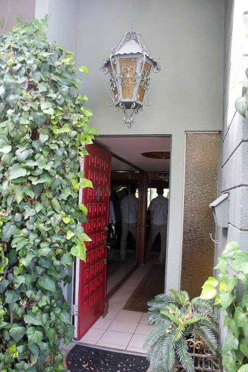 red-front-door-detial