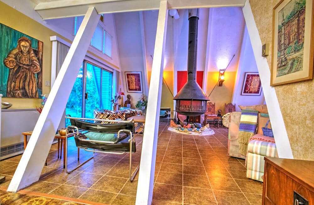 A 1974 double A-frame time capsule house: Twice the fun! - Retro ...