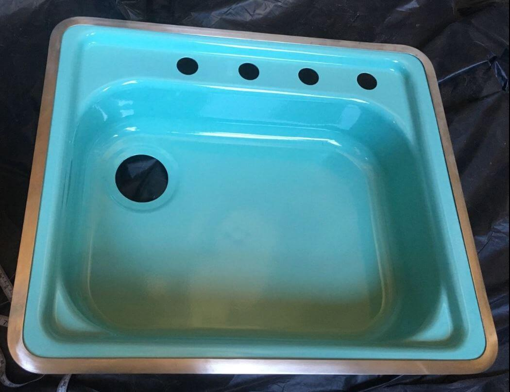 New Old Stock pink, jadeite and turquoise kitchen sinks (and more ...