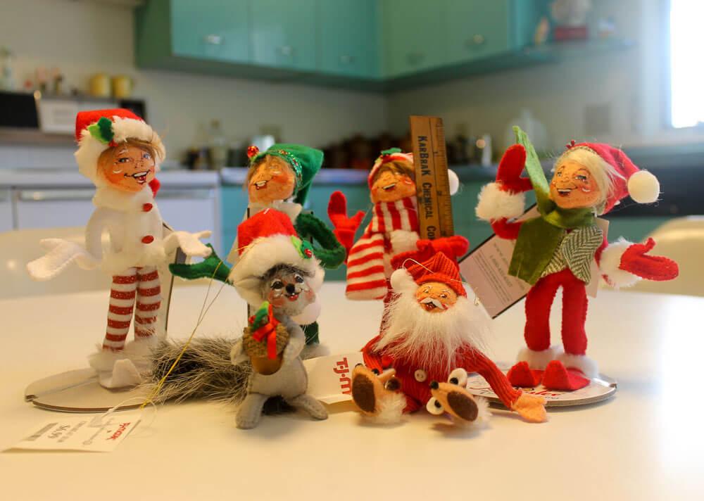 Instead of knee-hugger elves: Annalee Dolls for my Christmas ...