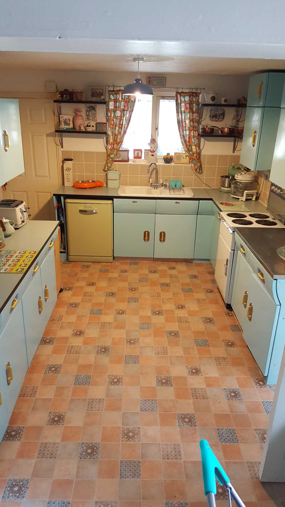 steel kitchens Archives - Retro Renovation