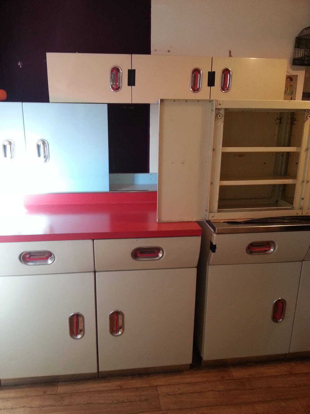 Ondrea and James\' English Rose kitchen: Two sets refurbished ...